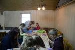 Kinderbasteln, Kränze binden, Christbaum aufstellen_21