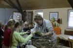 Kinderbasteln, Kränze binden, Christbaum aufstellen_6